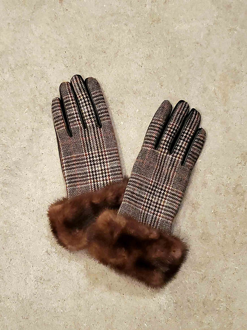 Leather Glove with Wool trim & Upcycled Mink Cuff