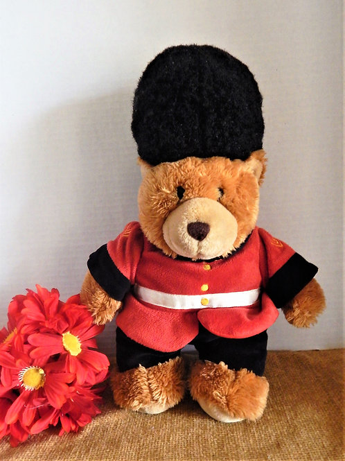 vintage bear, keel toy bear, vintage keel toy, palace guardsman, queens guard, pretend play, king and queen play,london bear
