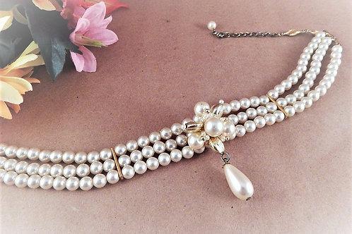 jewelry, womens, evening, pearl jewelry, white, gold jewelry, costume, vintage jewelry, vintage pearls, wedding, formal, trip