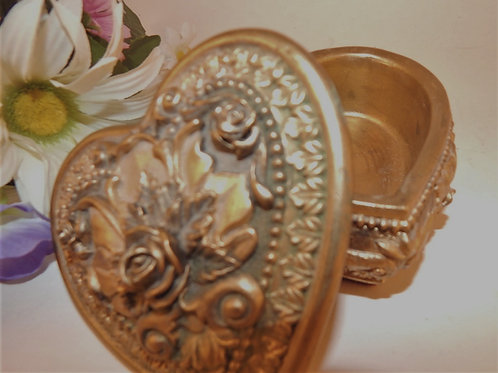 Photograph of a vintage heart staped floral empobbers ring dish, trinket holder, jewelry box from A Vintage Addiction.