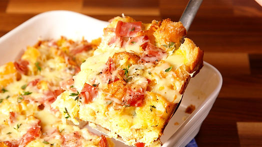 delish-ham-and-cheese-brunch-bake-01-154