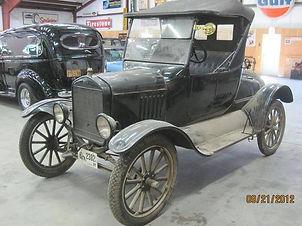 1923 Ford Model T.jpg