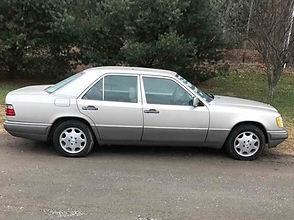 5351458-1995-mercedes-benz-e320-std-c.jp