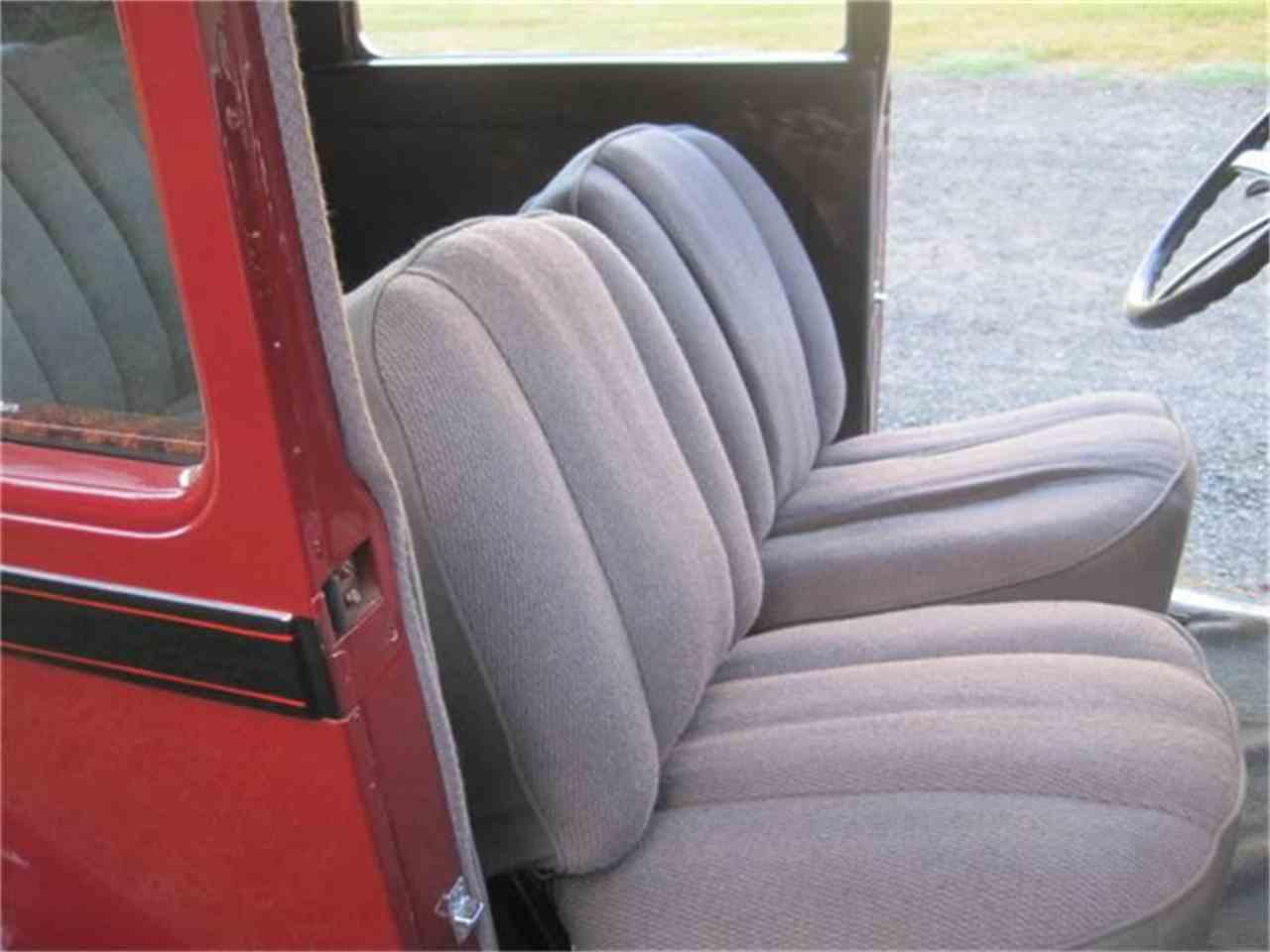 8762-1929-ford-model-a-std-c