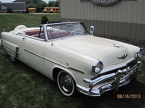 1953 Ford Sunliner.jpg