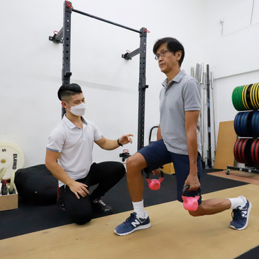 Weighted split squat, Senior Fitness in Hong Kong