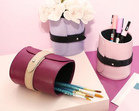Porta lápis em couro