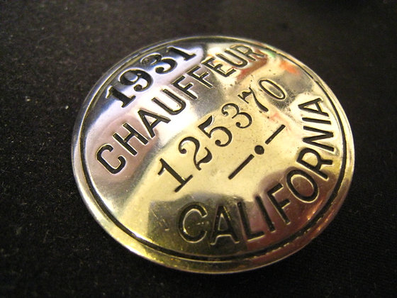 Silver Badge CALIFORNIA CHAUFFEUR 1931-Los Angeles