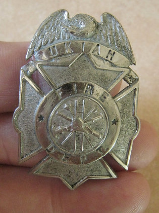 ANTIQUE Badge UKIAH California  FIRE DEPARTMENT San Francisco Hal'mk