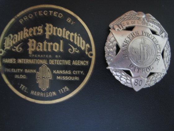 Antique Badge 1920 's HARB'S INT'L DETECTIVE