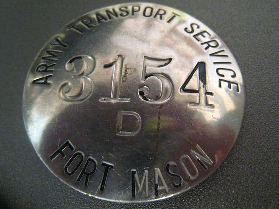 Vintage Badge U.S. ARMY Fort Mason SAN FRANCISCO