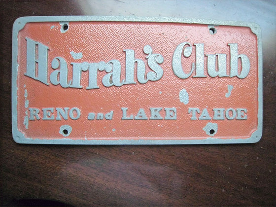 Vintage Car Club Plaque HARRAH'S CLUB Reno LAKE TAHOE