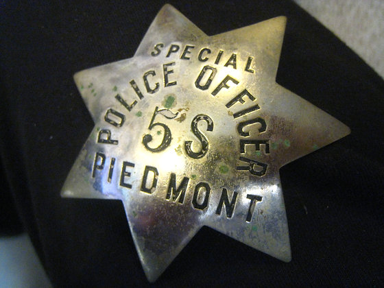 Vintage Badge PIEDMONT CALIFORNIA Special Police Officer STAR