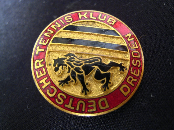 DEUTSCHER TENNIS CLUB BADGE