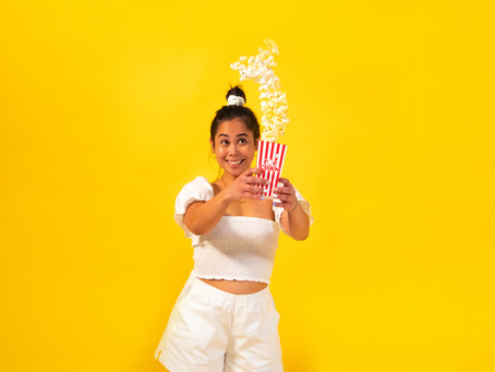 Halloween Costume: POPCORN | reformation-inspired top, shirred top, puff sleeves, shorts, scrunchie