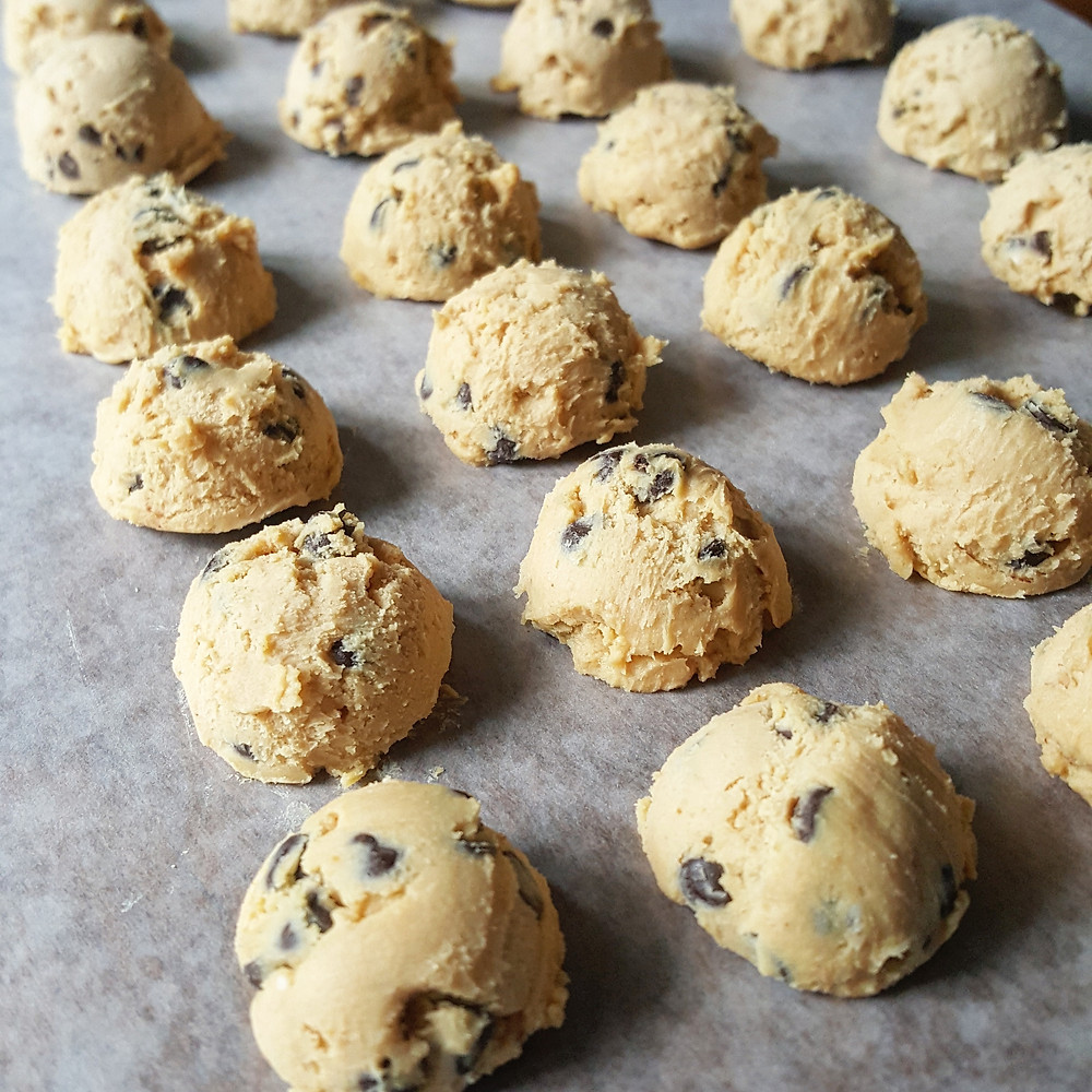 Peanut Butter Chocolate Chip Cookie Dough Fat Bombs | Low Carb | Keto