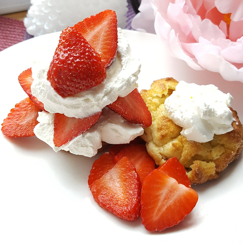 Strawberry Shortcake  Biscuits Berries Dessert  | Low Carb | Keto