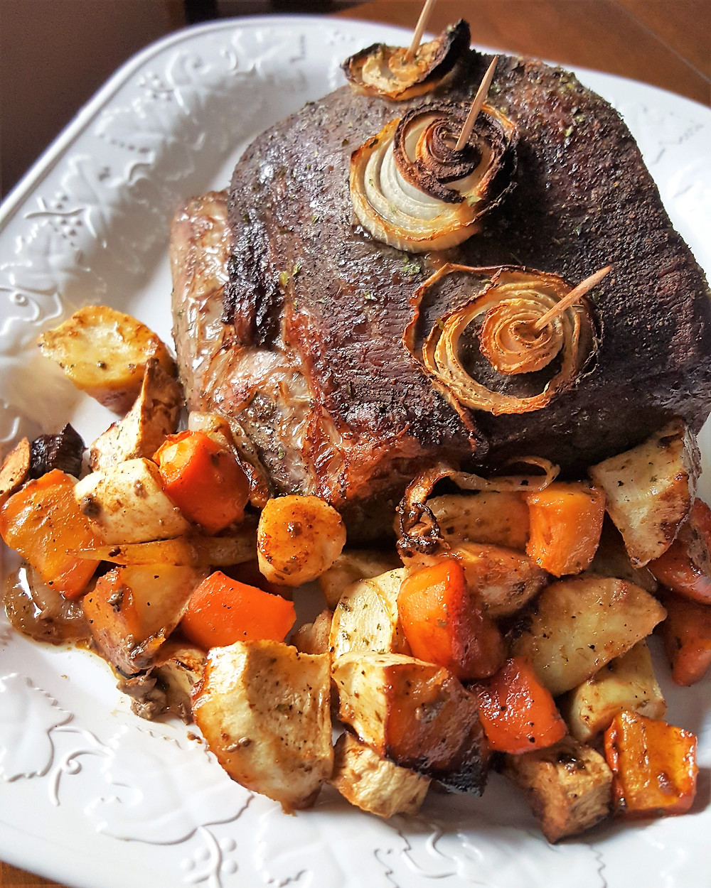 Roast Beef Dinner with Roasted Vegetables  | Low Carb