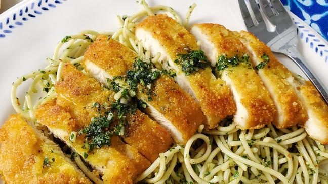 Crispy Garlic Chicken Cutlets with Parsley Pesto Pasta   Keto   Low Carb   Gluten-Free