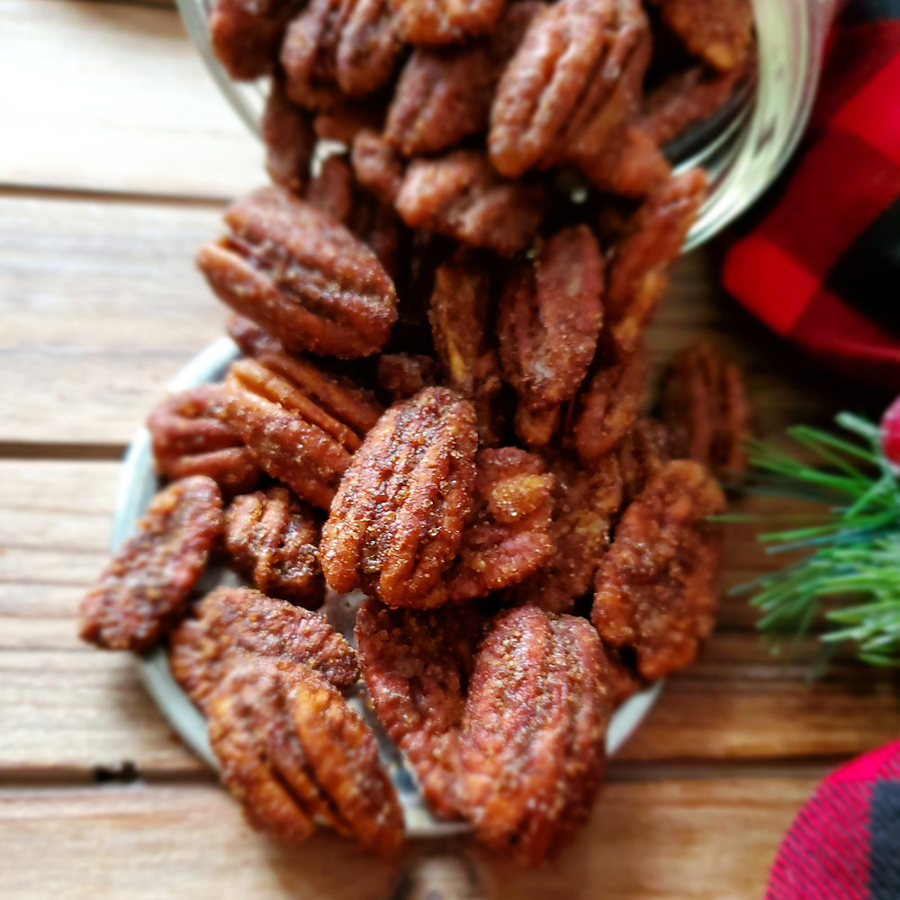 Gingersnap Spiced Pecans - Keto | Low Carb
