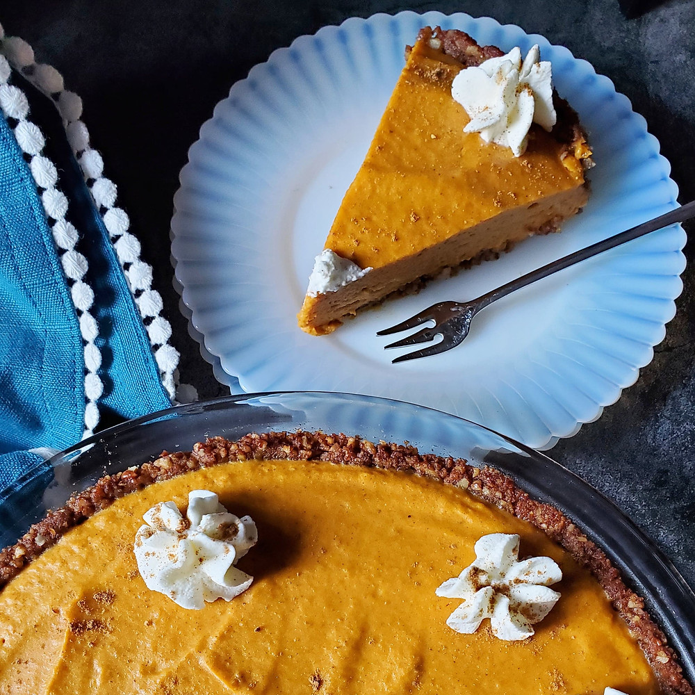 Pumpkin Chiffon Pie - Keto/Low Carb/Sugar-Free