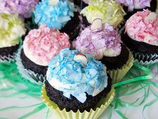 Almond Joy & Mounds Mini Pastel Colored Coconut Cupcakes | Low Carb | Keto