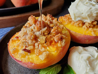 Baked Peaches with Mascarpone and Golden Balsamic Reduction | Keto | LowCarb