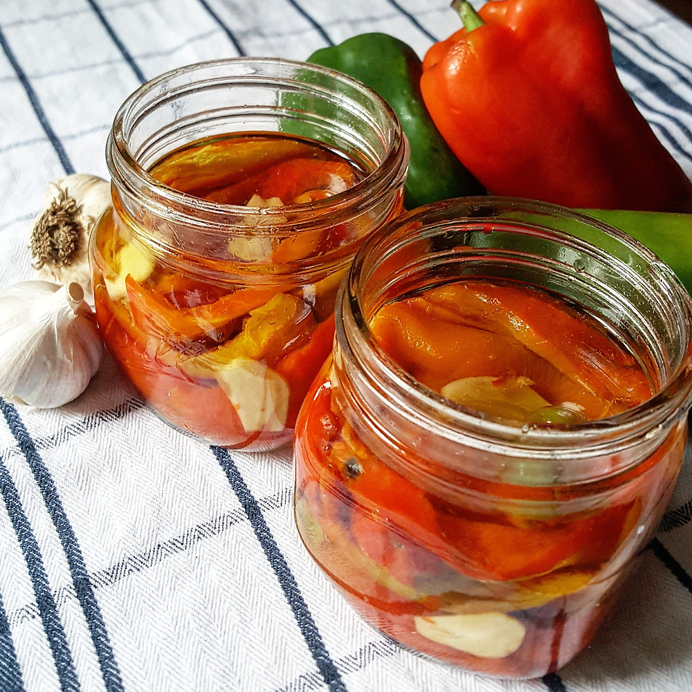 Roasted Bell Peppers Preserved in Olive Oil and Garlic