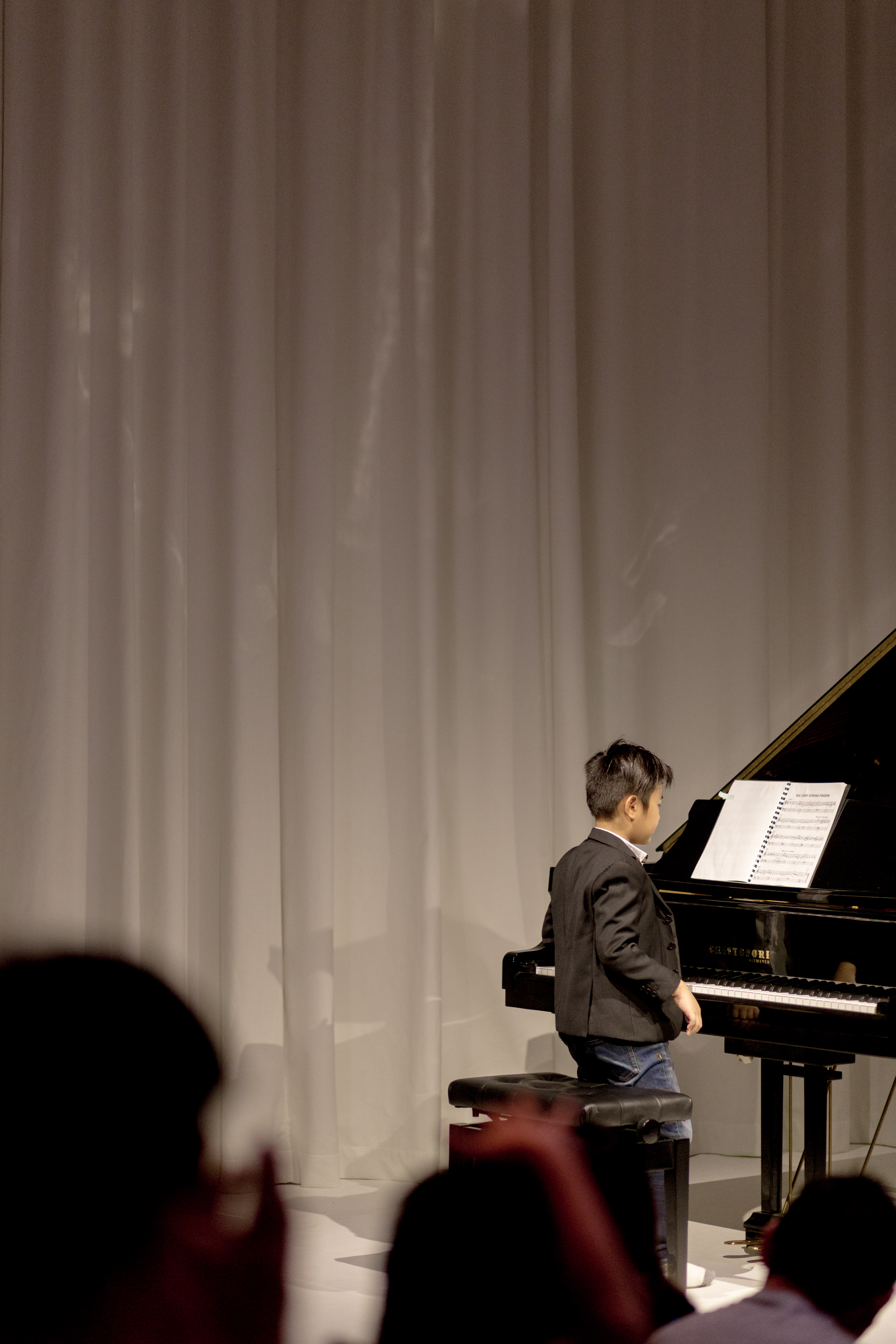 MY PIANO ROOM RECITAL PHOTOGRAPHER