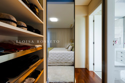 Closet Ela