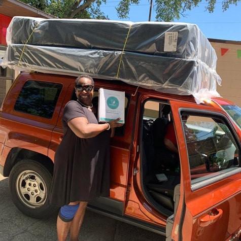 Customer pick up queen mattress set in West Pensacola, Fl