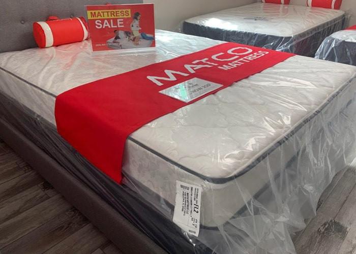 Mattress set with box spring on sale - Pensacola, Florida
