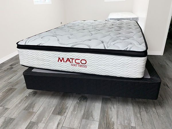 Queen size mattress - Pensacola, Fl