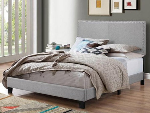 Upholstered Bed with headboard EN70
