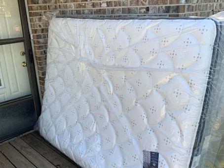 We'll deliver your mattress right to your door or your boat!