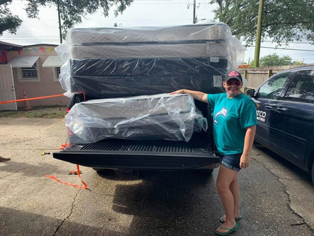 Our friend from Gulf Shores, Alabama - stopped by our mattress store.
