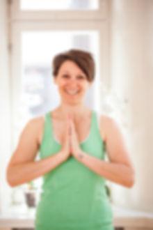 Yoga Nicola Profil Helsinki.jpg