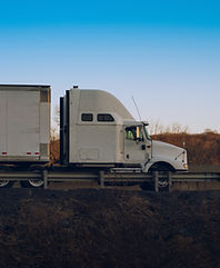Dry Van_Truck .jpeg