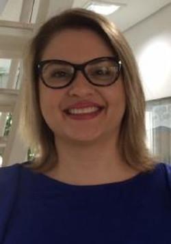 Lais Helena Navarro e Lima