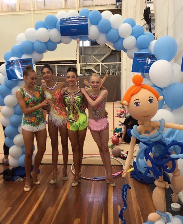 balloon-figures-arch-2