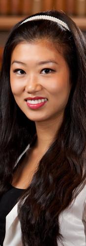 vancouver_headshot_female_lawyer.jpg