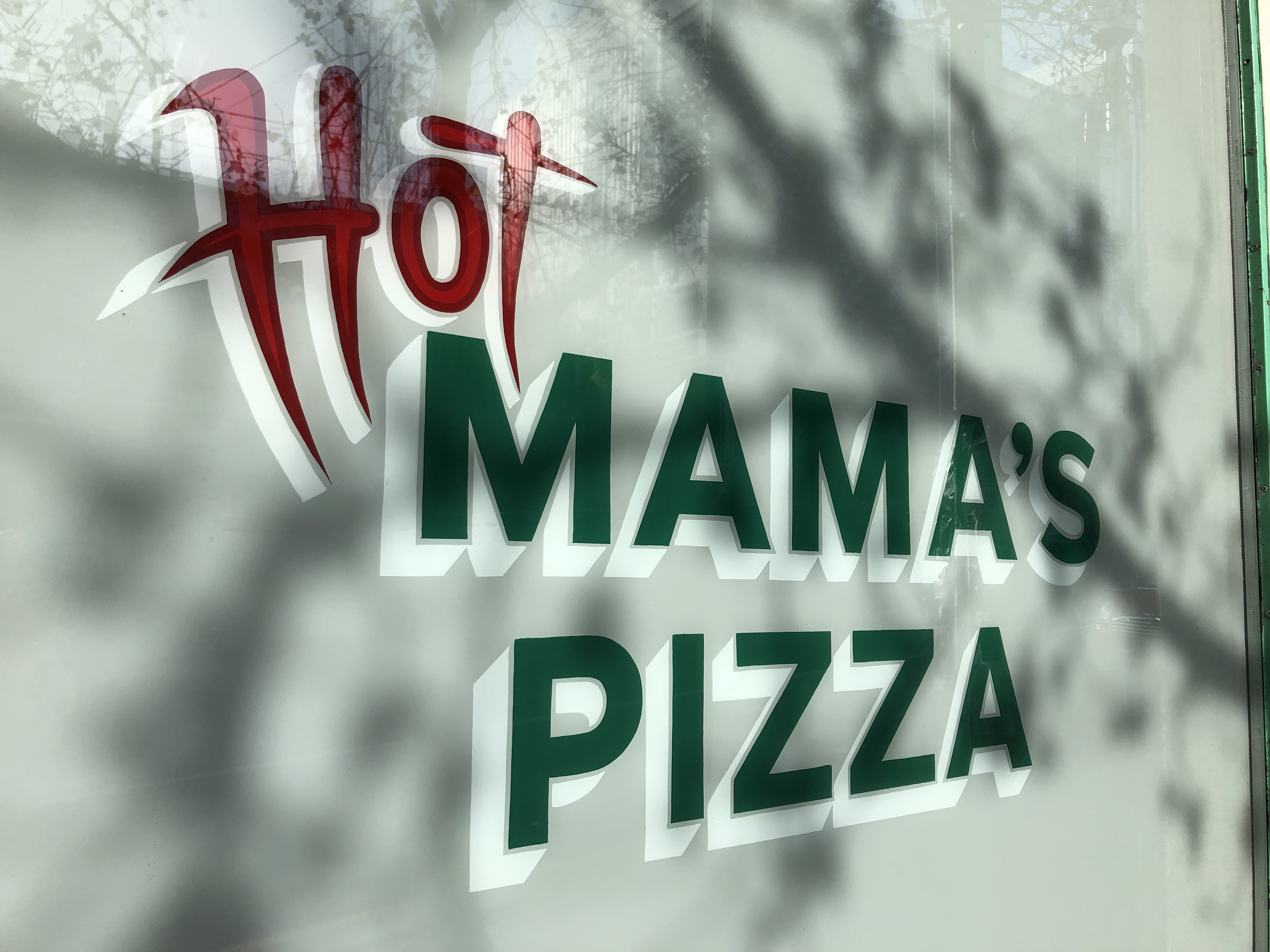 Hot Mamas Pizza