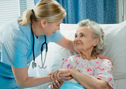 nurse and old patient_74083033.jpg