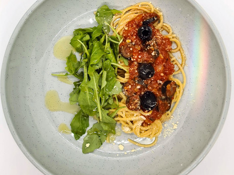 Spagetti with an olive-arrabbiata sauce