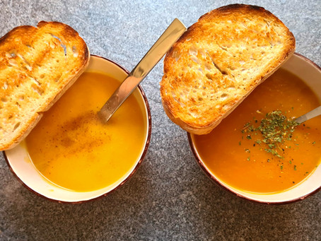 Healthy carrot-ginger soup