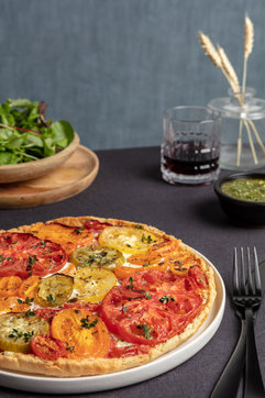 food photo tomato tart