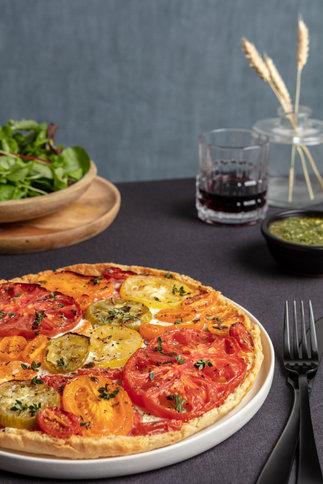 food photo tomato tart