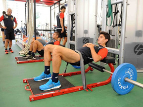 Hip thrust: Πως συσχετίζεται με την αθλητική απόδοση