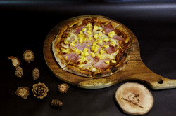 Ham and Pineapple pizza/ Pizza dứa thịt nguội