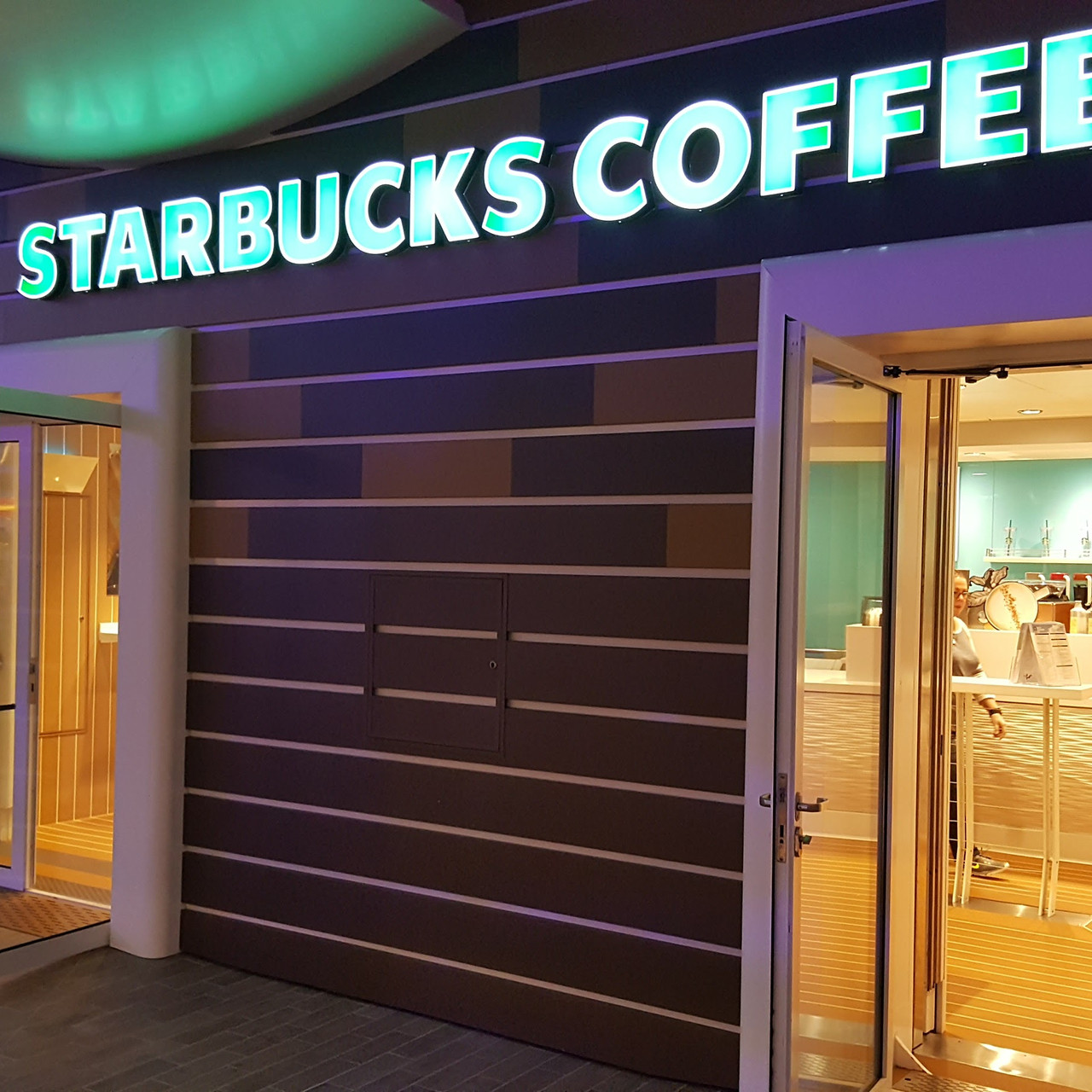 Starbucks onboard HOTS